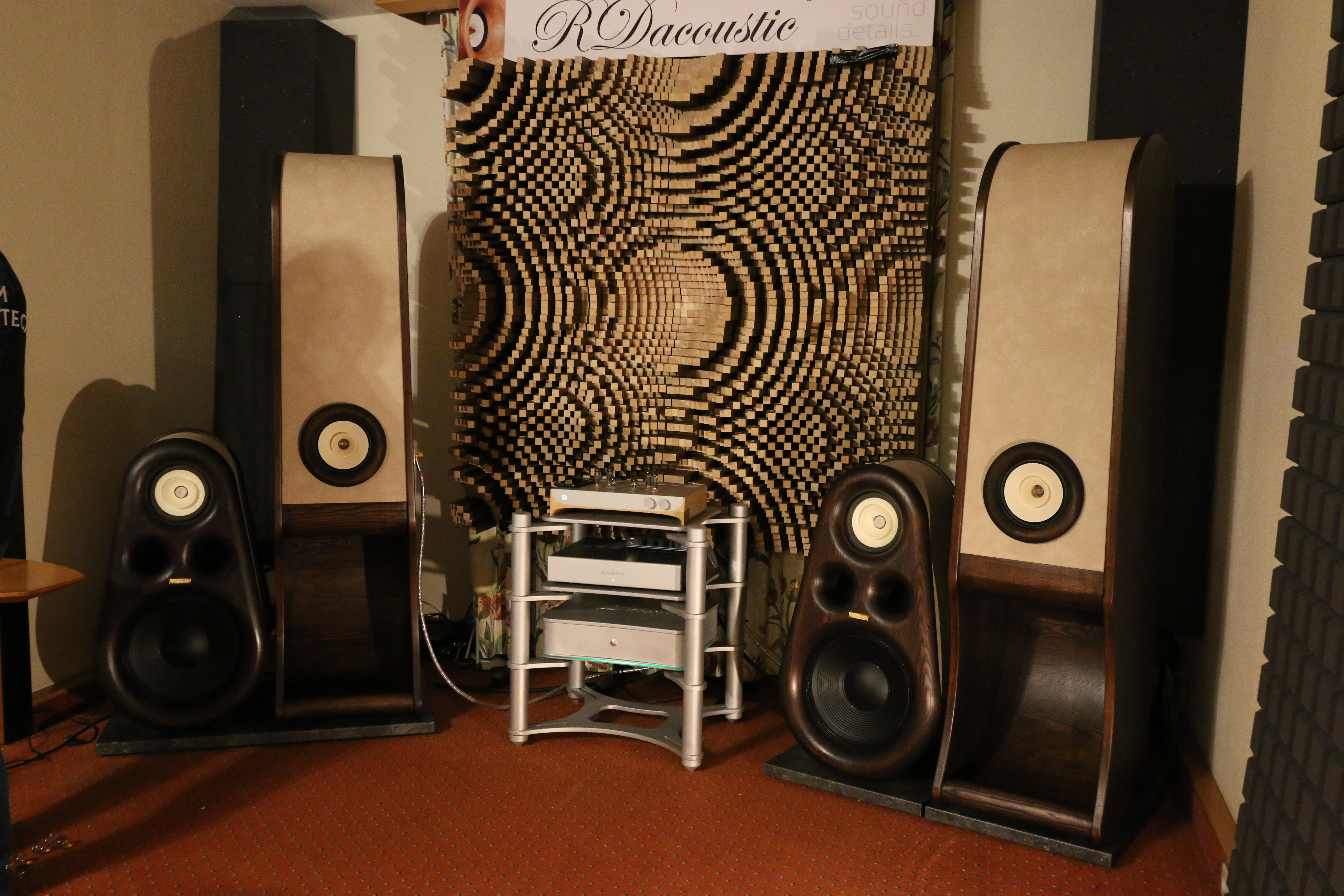 High End speakers Evolution, Euphoria speakers for true HIFI stereo, home audio, acoustic Diffuser for audiophiles