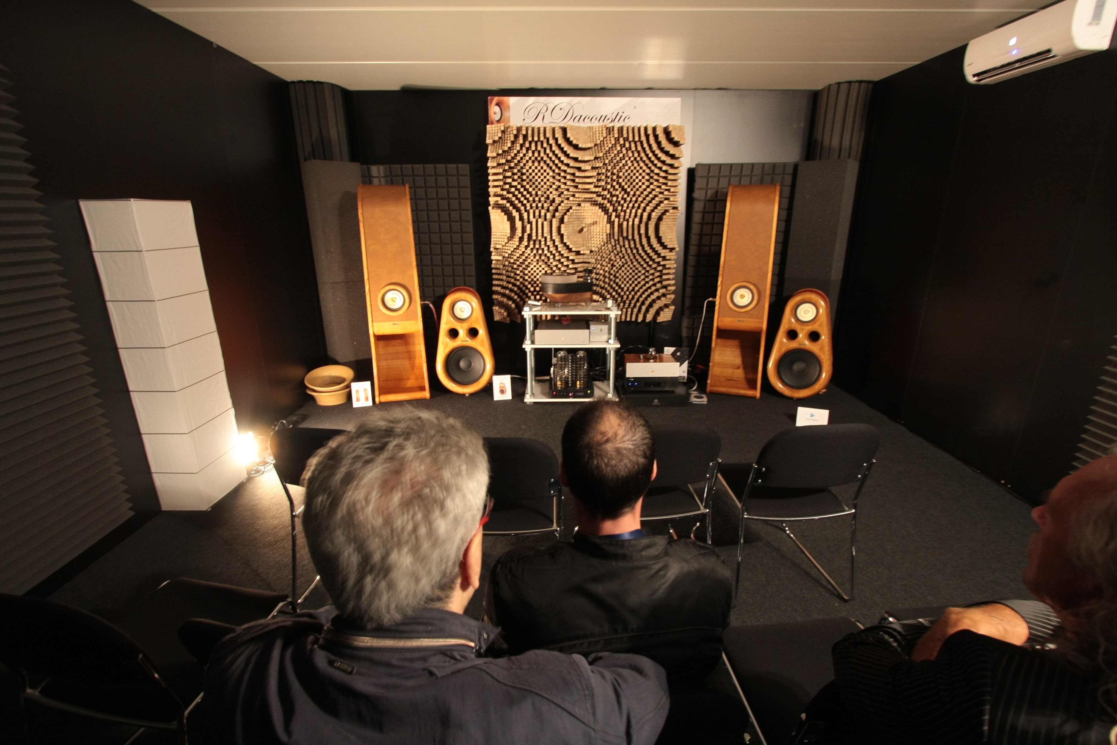 High End speakers Evolution, Euphoria for true HIFI stereo, KR audio, Kronzilla, acoustic Diffuser, HIFI, High End home audio